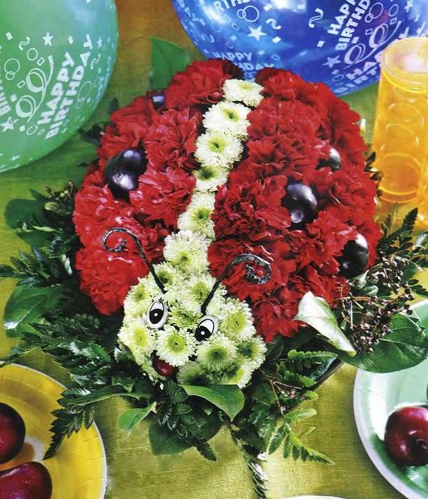 Фото композиций из живых цветов в оазисе