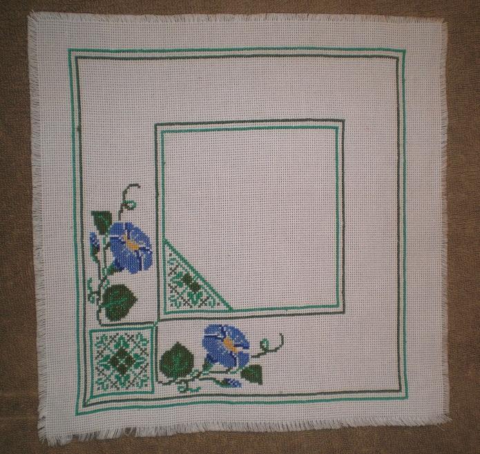 Вышивка по плитке салфетками