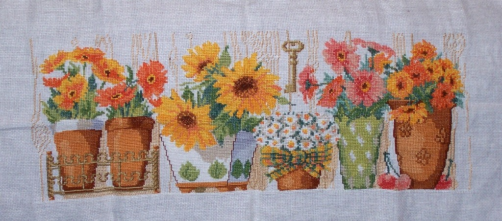Вышивка крестом горшок с цветами