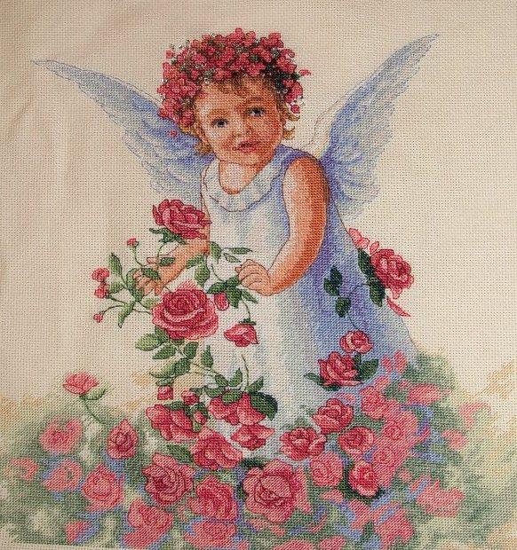 Вышивка крестом ангел цветочный 51