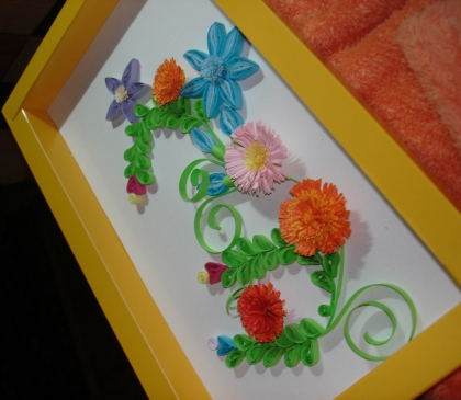 Поделка из цветов в рамке 20