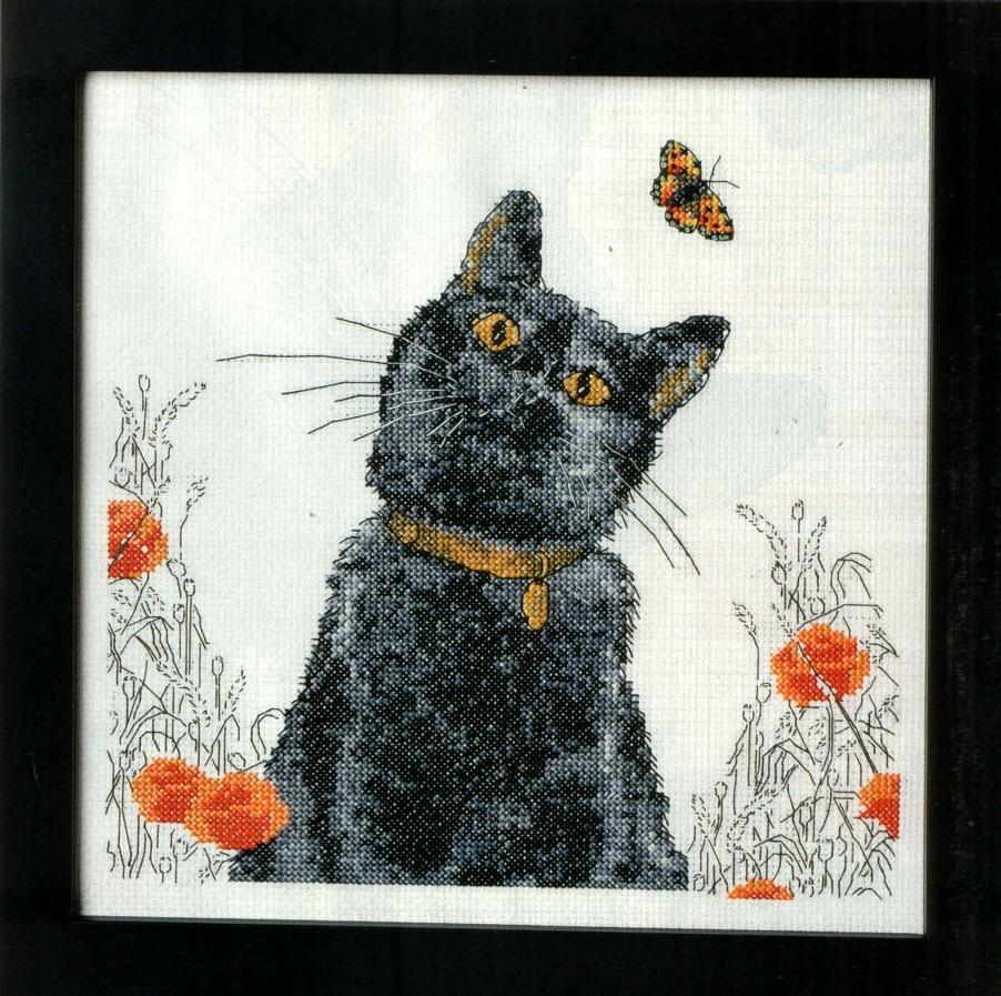Вышивка крестом коты на черном 934