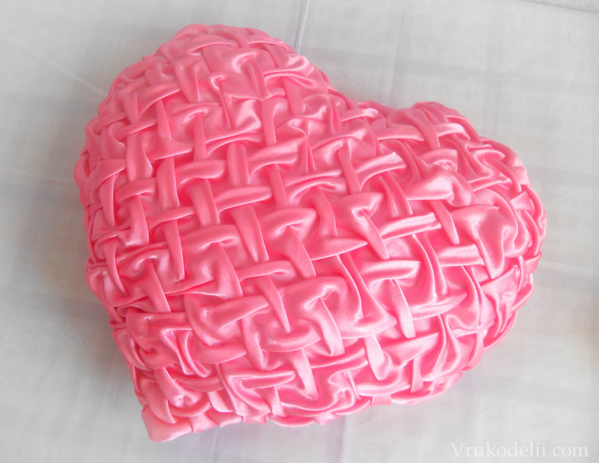 Подушка сердце своими руками мастер класс фото 72