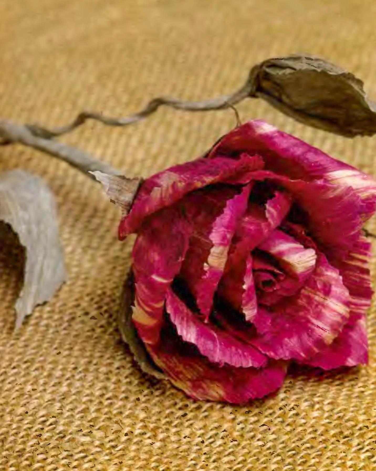 Розу своими руками картон