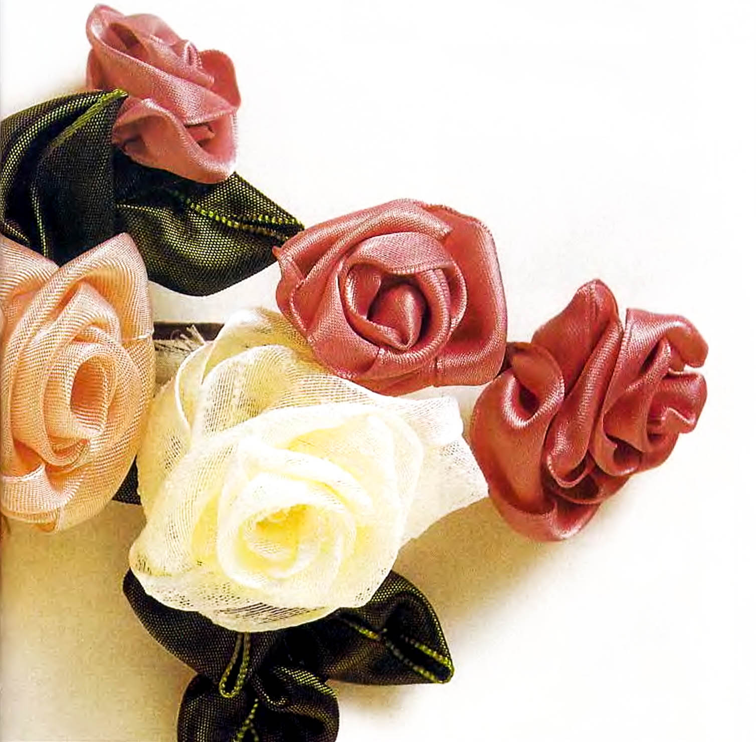 Цветы из шёлка и сетки мастер класс