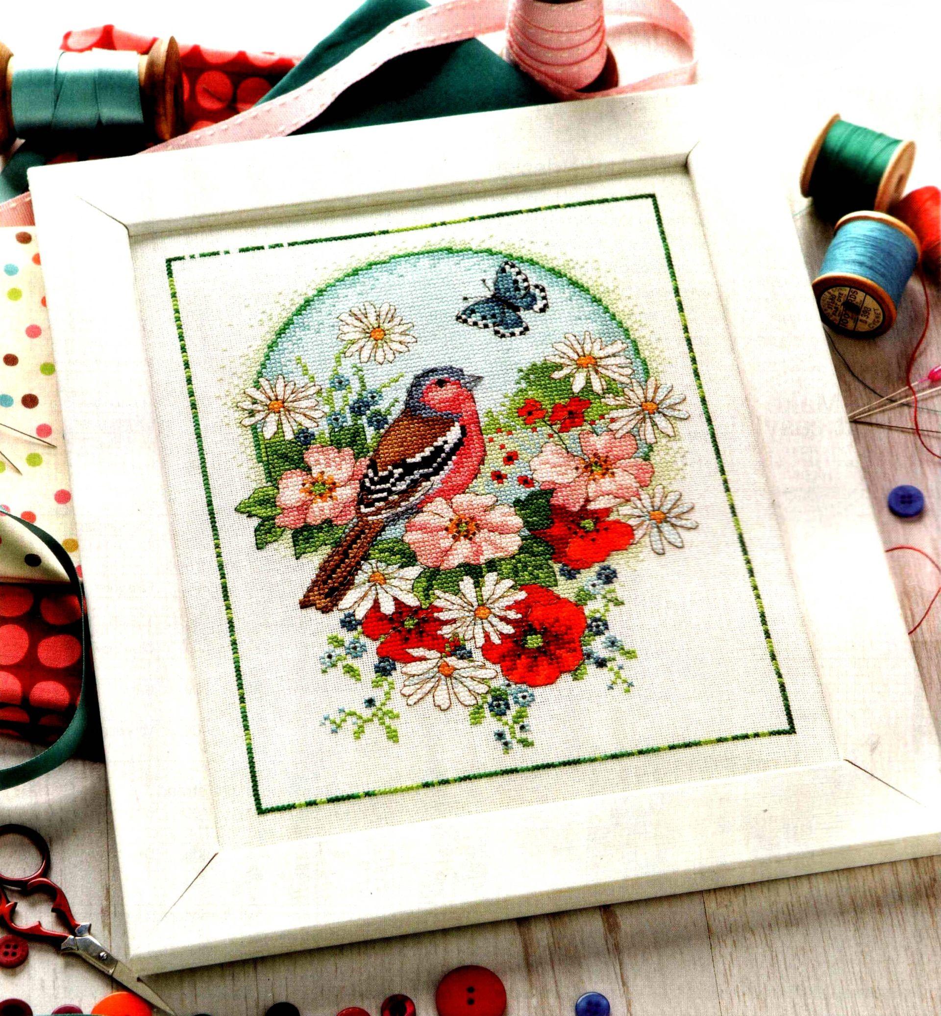 Вышивка птичка цветы